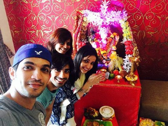 Arjun bijlani wife wedding
