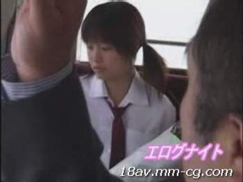 [短片]淫亂妹在公車與癡漢搞起來