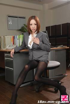 最新heyzo.com 0515 被抓住弱點的美人秘書,被玷污的高嶺花- 水川