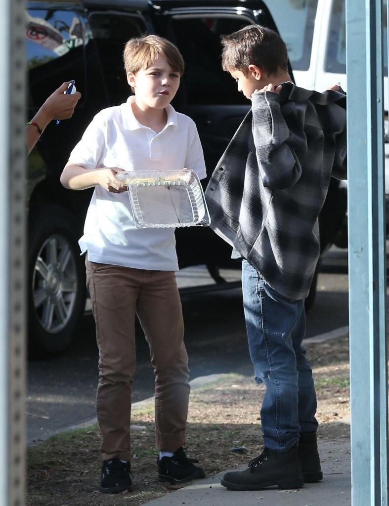Jack Depp Vanessa Paradis Out Sonhm 0 Kztyk NUZx