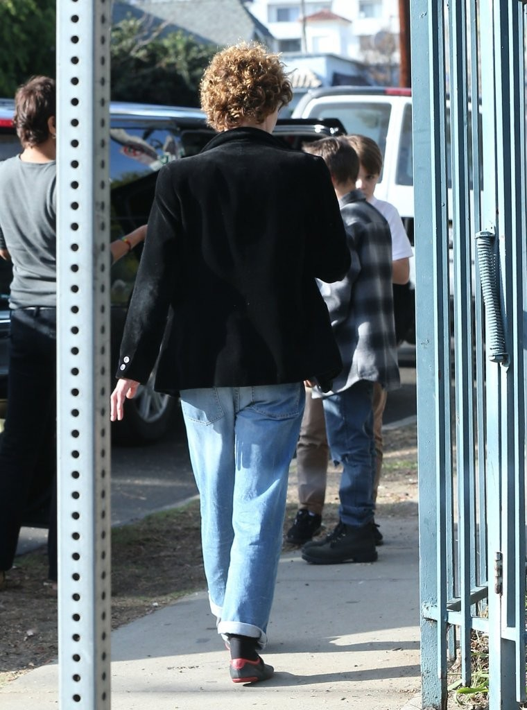 Jack Depp Vanessa Paradis Out Sonor MKj Zu Xb 54 x