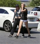 23708558_Miley-Cyrus-in-Shorts--08-662x7
