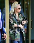 23708670_Lady-Gaga-out-in-New-York--05-6