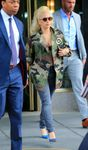 23708671_Lady-Gaga-out-in-New-York--06-6