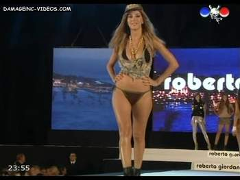 Lucila Gonzalez hot in bikini