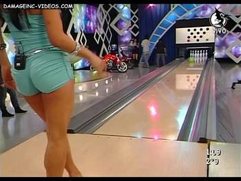 Hard butt model playing bowling