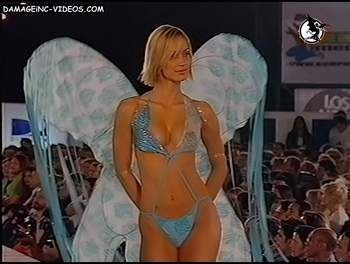 Argentina top model Ingrid Grudke lingerie runaway