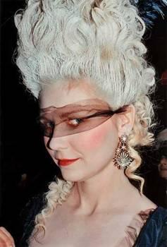"Coppola - ""Marie-Antoinette"", le film de Sofia Coppola - Page 2 19627002_tumblr_ly5zpcESIV1r9xweqo2_400"