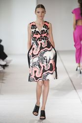 20054799_issa-london-spring-summer-2015-
